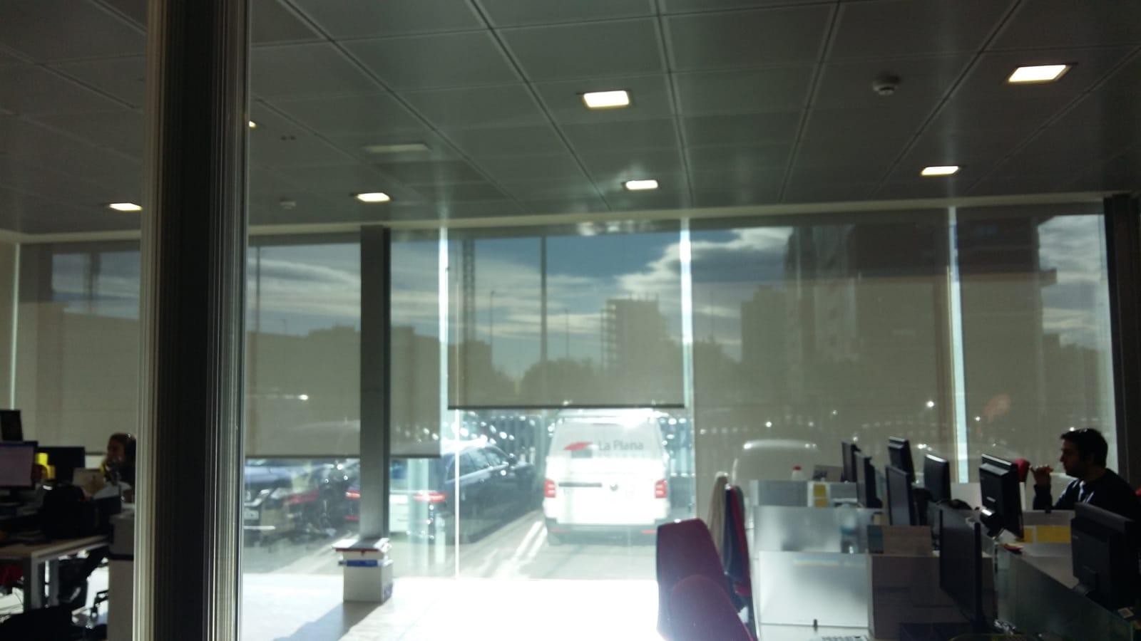 cortina técnica y screen