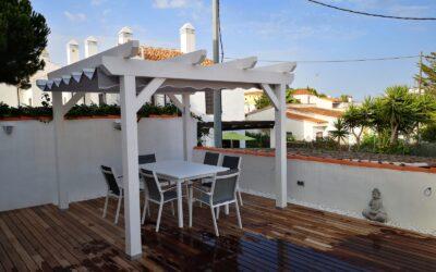 SOLUCION: Toldo sobre estructura madera, piedra o metal en Castellón