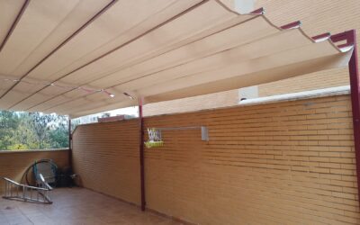 Toldo palillero doble 10,00m x 3,50m en color burdeos (Castellón)