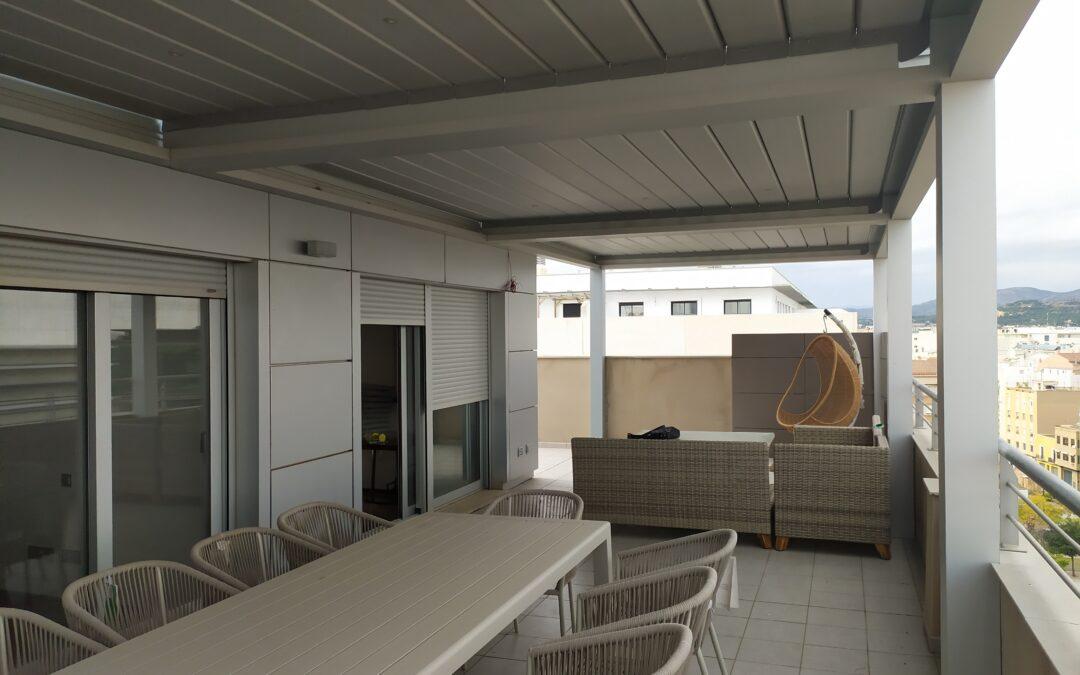 3 Pérgolas bioclimáticas modulares de 11,50m en ático de Castellón