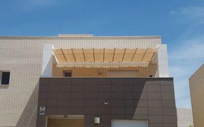Instalaciones de toldos planos en Oropesa y Benicàssim