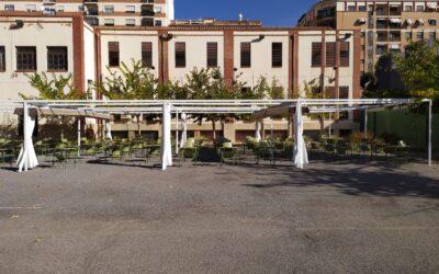 8 toldos planos de 5,00 x 5,00 metros en colegio de Castellón